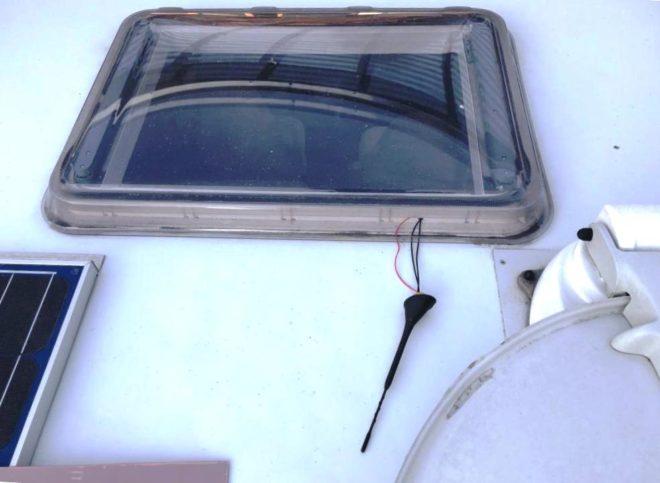 Montage Antenne auf dem Dach