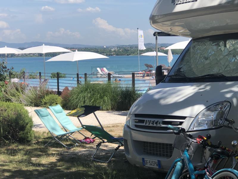 Gemütliche Atmosphäre im Camping Bergamini